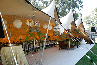 Partytent decoratie en catering